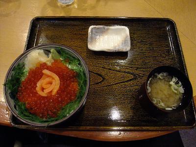 海鮮丼屋 小樽ポセイ丼@新橋の親子丼_d0044093_0574320.jpg