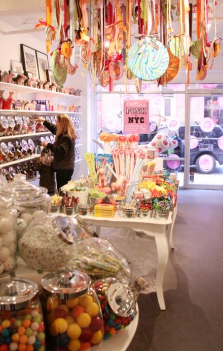 DUMBOにできた可愛いキャンディー屋さん、DEWEY\'S CANDY_b0007805_22353982.jpg