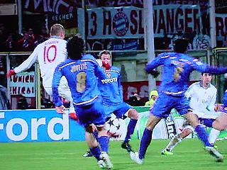 フィオレンティーナ×バイエルン UEFAチャンピオンズリーグ 09-10 1/16ファイナル 2ndレグ_c0025217_14112768.jpg