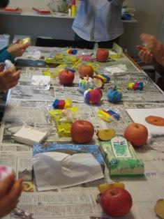 vol.8   3月7日のアート教室「リンゴのオブジェ」_f0213189_12221322.jpg