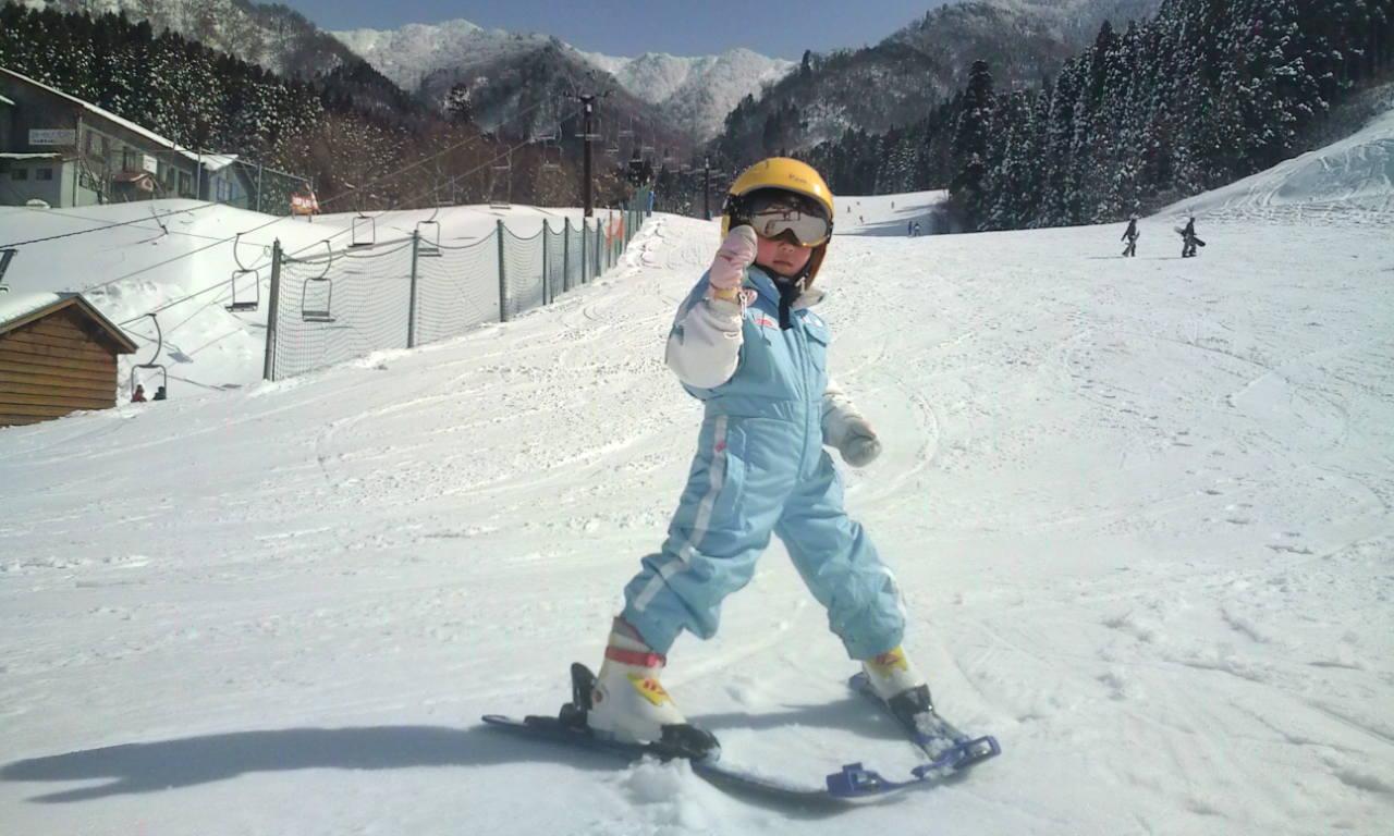 やっぱりスキーは楽しいね!_f0101226_14183020.jpg