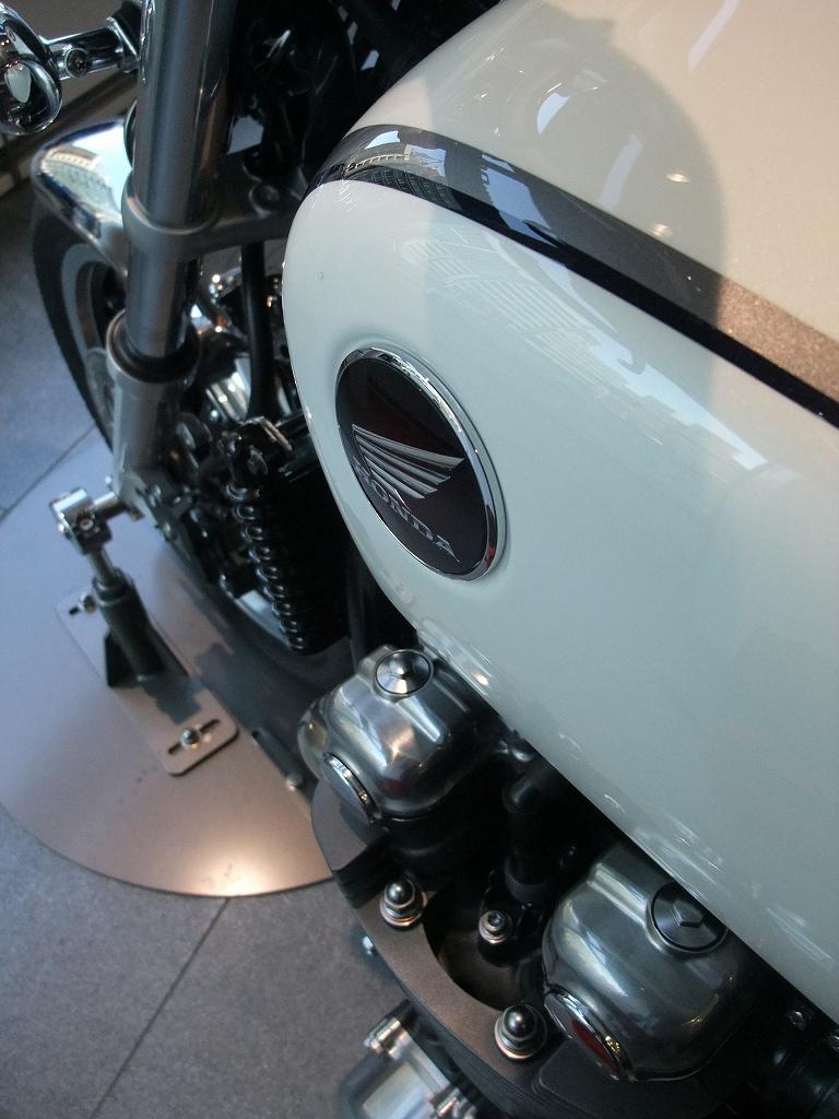 V4&直4 Hondaの本気_f0050534_8331967.jpg
