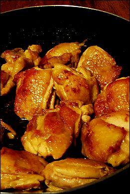 春キャベツと鶏モモの焦がしトマト煮こみ_a0105872_2340383.jpg