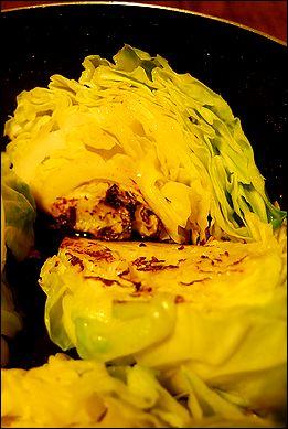 春キャベツと鶏モモの焦がしトマト煮こみ_a0105872_23404953.jpg
