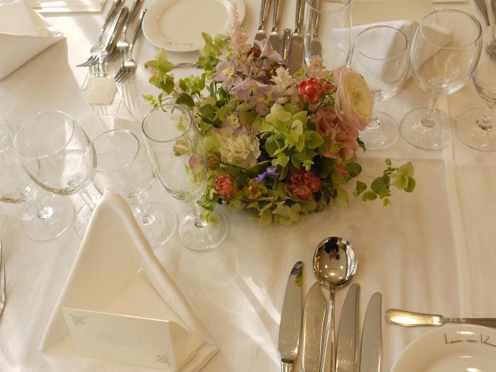 ルヴェソンヴェール駒場様へ 会場装花 風が通るように_a0042928_223715.jpg
