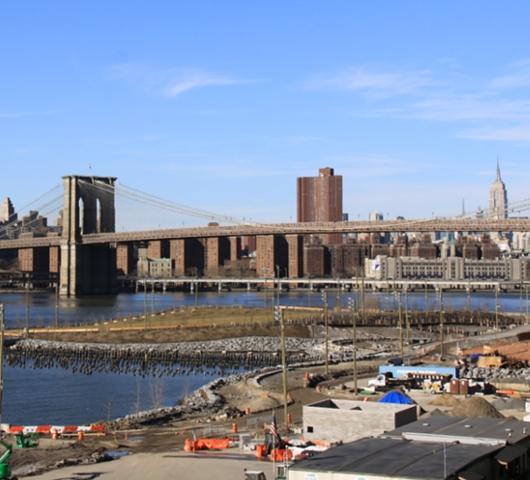 ブルックリン・ハイツ・プロムナードでリラックス Brooklyn Heights Promenade_b0007805_129234.jpg