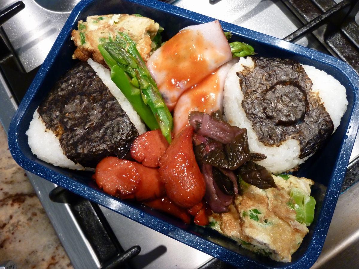 朝食が先か、弁当が先か、分かりました、_d0100880_1255519.jpg