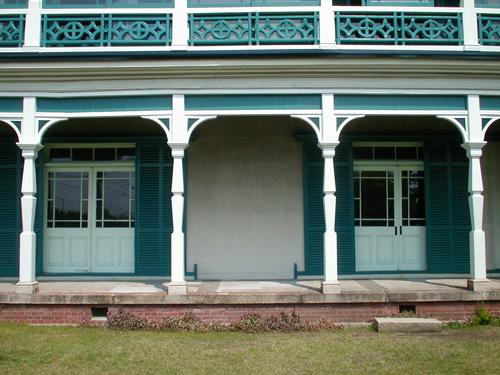 旧グッゲンハイム邸見学会:2010年3月_a0168325_10294589.jpg