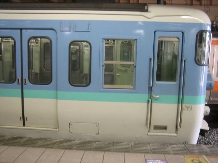 東京の115系_e0120143_22474622.jpg