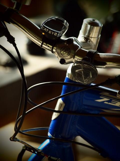 青い自転車_e0074308_2153146.jpg