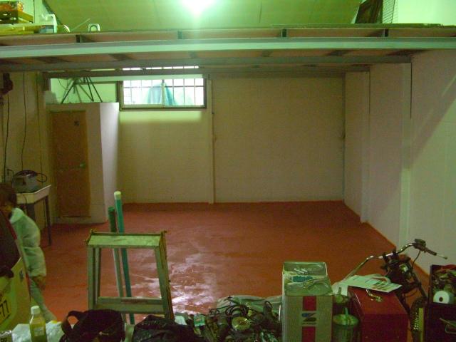 床塗っちゃいました_a0164918_092078.jpg