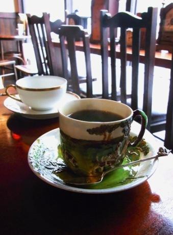 ☆antiqueなセンスが光る喫茶空間・・・「時・・」_b0189667_16573932.jpg