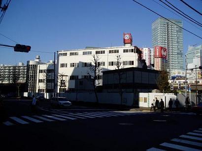 さよなら交通博物館 建物の解体状況(4)_f0030574_1123828.jpg