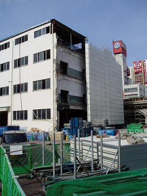 さよなら交通博物館 建物の解体状況(4)_f0030574_147066.jpg