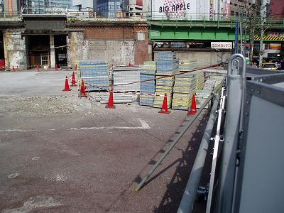 さよなら交通博物館 建物の解体状況(4)_f0030574_1582678.jpg