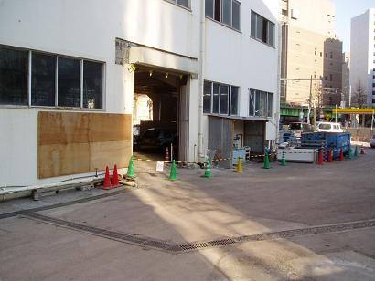 さよなら交通博物館 建物の解体状況(4)_f0030574_3555882.jpg