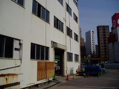 さよなら交通博物館 建物の解体状況(4)_f0030574_3563886.jpg