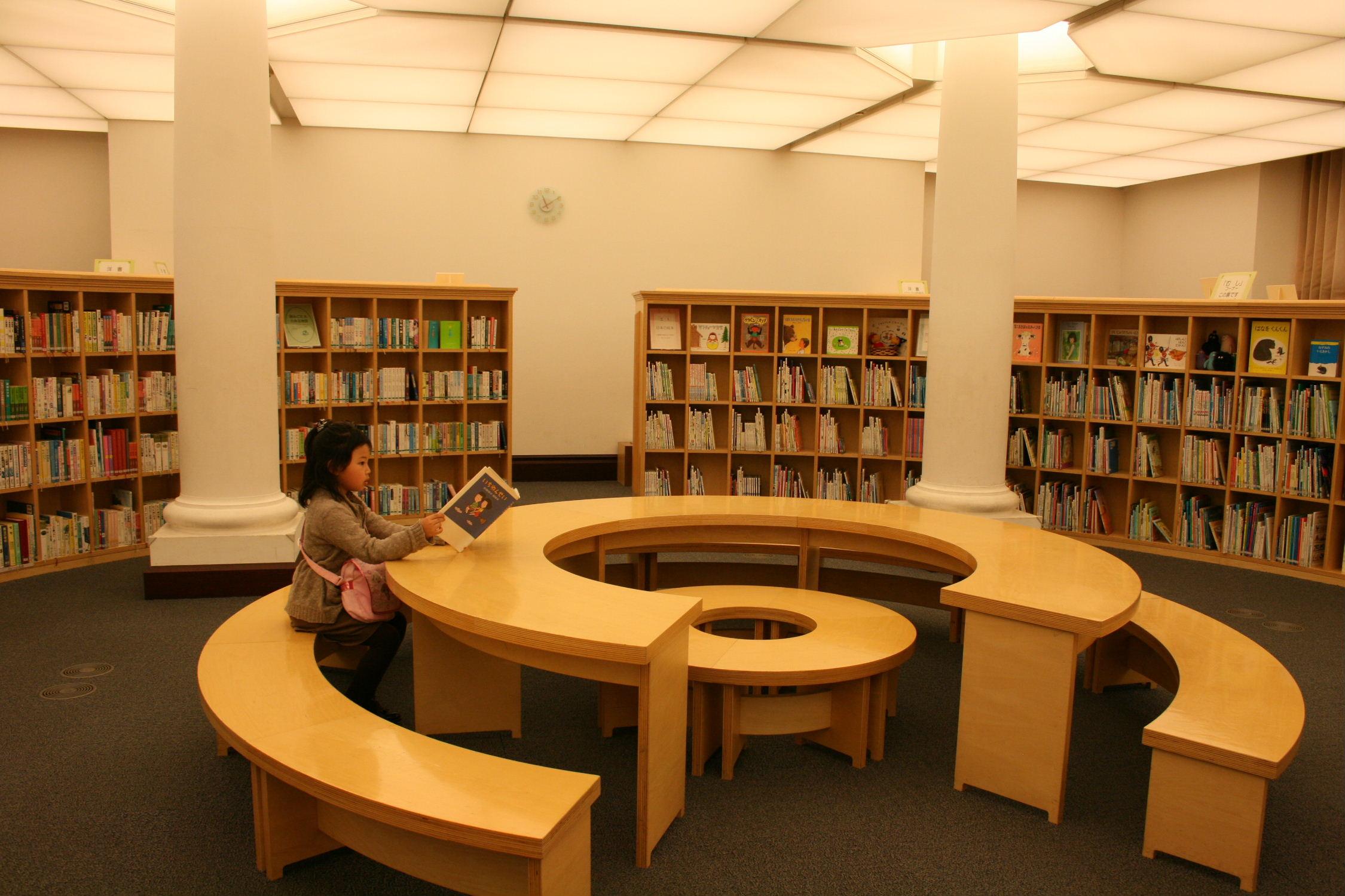 国際子ども図書館_f0082141_8271481.jpg