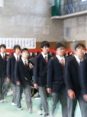 祝・卒業_e0119661_2335315.jpg