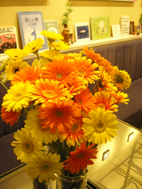 誕生日は花がいっぱい_c0052692_18251846.jpg