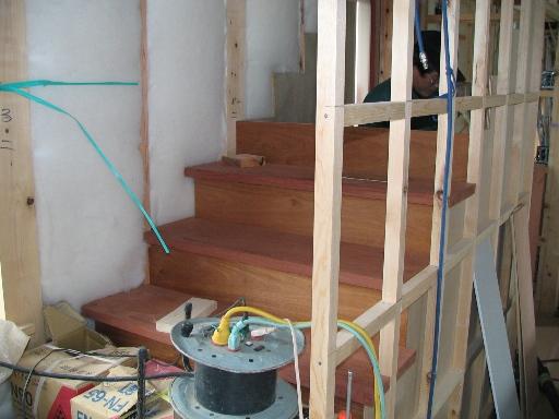 外壁の中塗り_f0117498_18562937.jpg