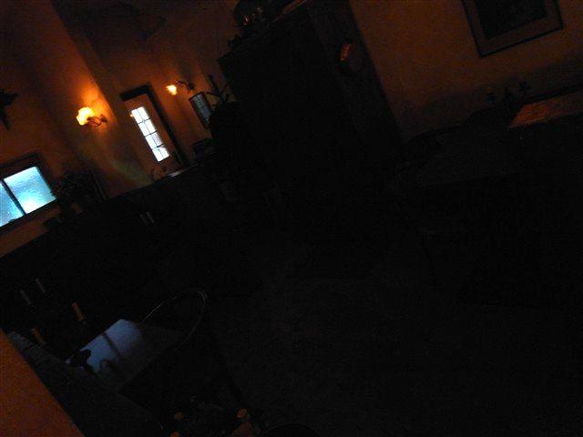 暗がりの灯火の中で。_c0116714_14104035.jpg