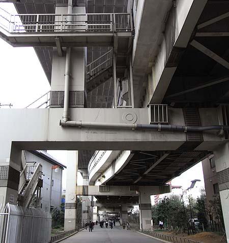 深川から東京都現代美術館へ_b0032444_9122910.jpg