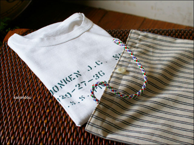 快晴堂 [かいせいどう] ステンシル柄袋入りTシャツ _f0051306_2124126.jpg