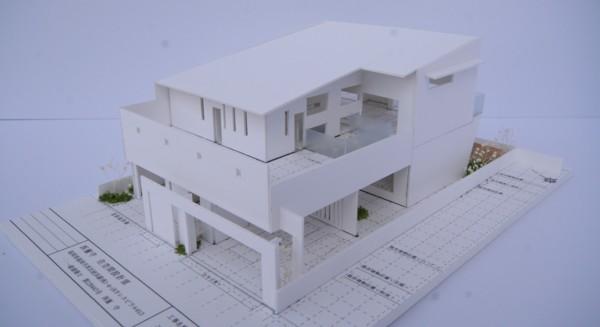 開放感あふれる暮らしを楽しむ★回遊する眺望リビングの家★の模型をホームページに記載しました_d0082356_16481276.jpg