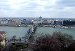 ハンガリー・ブダペスト<観光・食べ物編>_e0030586_5102313.jpg