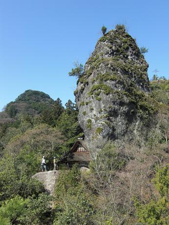 また岩屋神社へゲンカイツツジ~~_e0164643_11193525.jpg