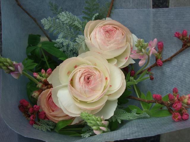 オークリーフ(卒業のお祝いの花束)_f0049672_1856192.jpg