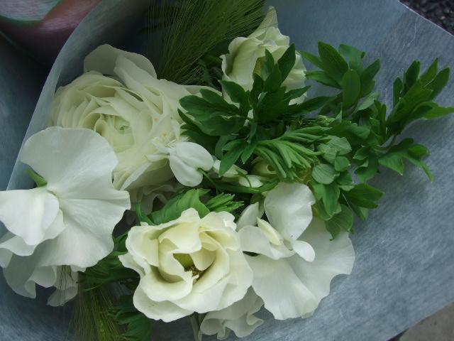 オークリーフ(卒業のお祝いの花束)_f0049672_18564750.jpg