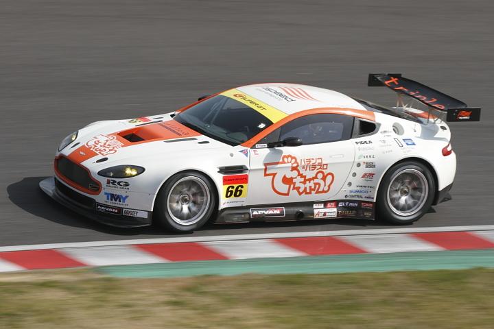 2010 SUPER GT Round1 【公式練習走行】_d0108063_2132120.jpg