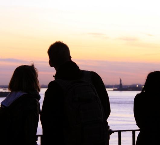 ブルックリン・ブリッジからDUMBOへ:ニューヨークの夜景を楽しむ_b0007805_21473338.jpg