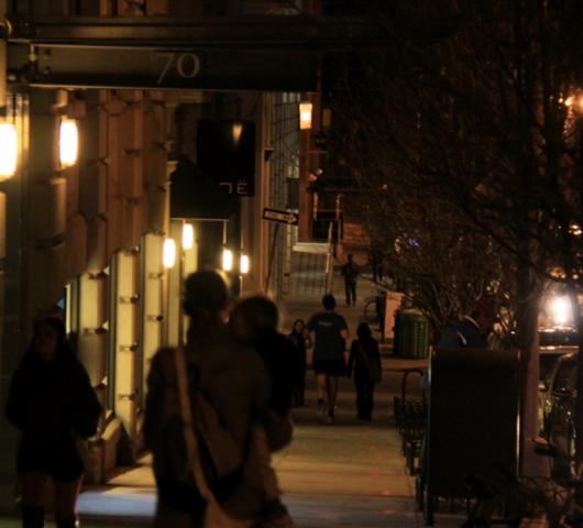 ブルックリン・ブリッジからDUMBOへ:ニューヨークの夜景を楽しむ_b0007805_21494379.jpg