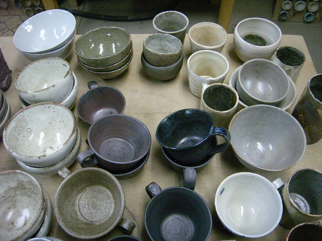 春の陶芸展DM撮影&冷却還元(CRF)の窯が出ました!_e0046128_23532758.jpg