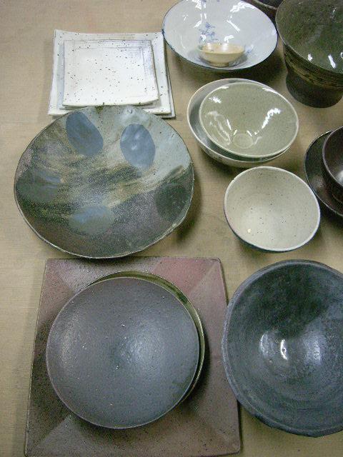 春の陶芸展DM撮影&冷却還元(CRF)の窯が出ました!_e0046128_23563268.jpg