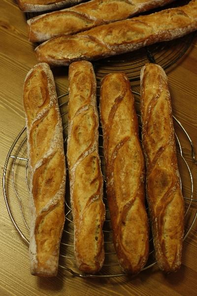 パンが鬼ほどありんす。_f0149855_1112680.jpg