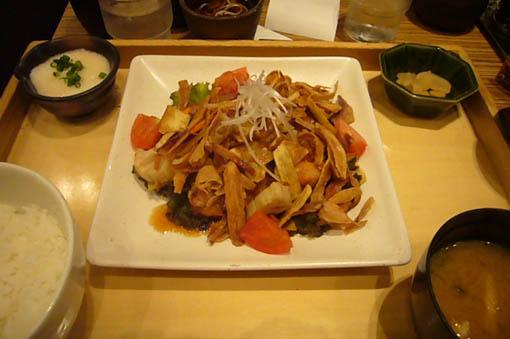 our popular restaurant._c0153966_22245347.jpg