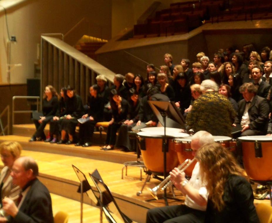 1866年創立のOBMと女声合唱団「和」_c0180686_2144215.jpg