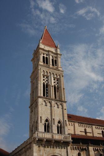 クロアチア(トロギール)聖ロヴロ大聖堂_d0148902_2058431.jpg