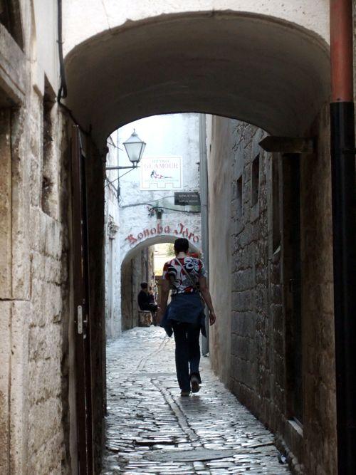 クロアチア(トロギール)聖ロヴロ大聖堂_d0148902_21134036.jpg