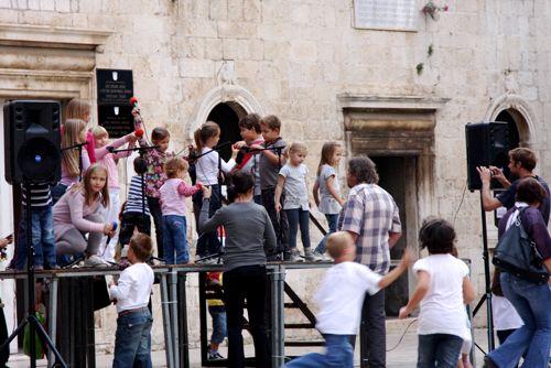 クロアチア(トロギール)聖ロヴロ大聖堂_d0148902_2184634.jpg