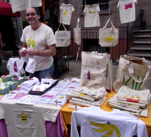 ストリートフェアで見つけた可愛いデザインのTシャツとか Bugged Out!_b0007805_21344744.jpg