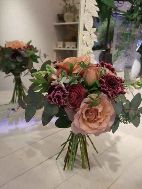 オークリーフ花の教室(遠藤さんの作品)_f0049672_16211656.jpg