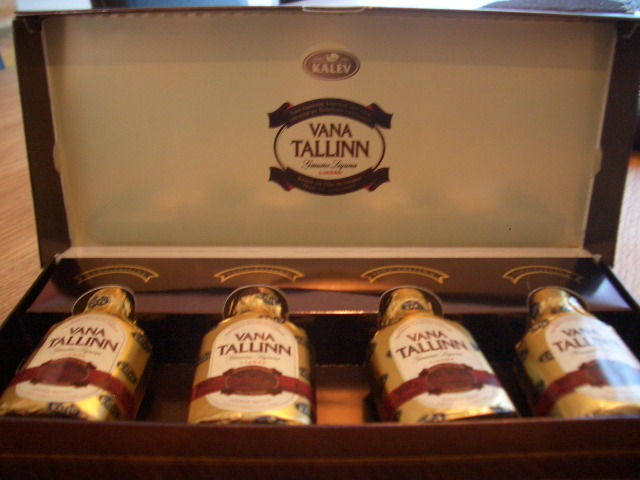 エストニアからのお土産 VANA Tallinn_a0159707_134825.jpg