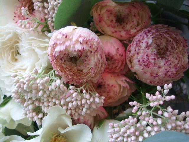 オークリーフ(オードリーとラナンキュラスの花束)_f0049672_16595746.jpg