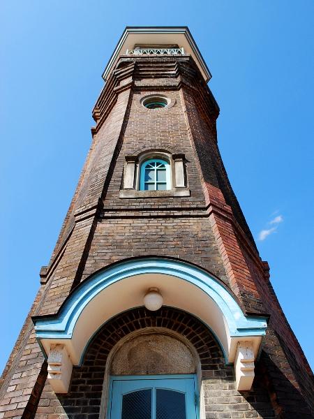 県内最古の鉄筋コンクリート造-旧時報鐘楼_c0177814_20311167.jpg