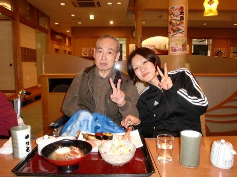 外食、寿司。_e0164724_22594064.jpg